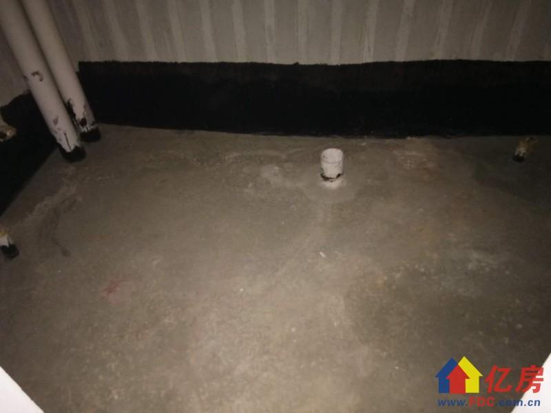 东西湖区 金银湖 奥林匹克花园 5室2厅3卫  191㎡        前后大花园          有钥匙,武汉东西湖区金银湖金山大道环湖路二手房5室 - 亿房网