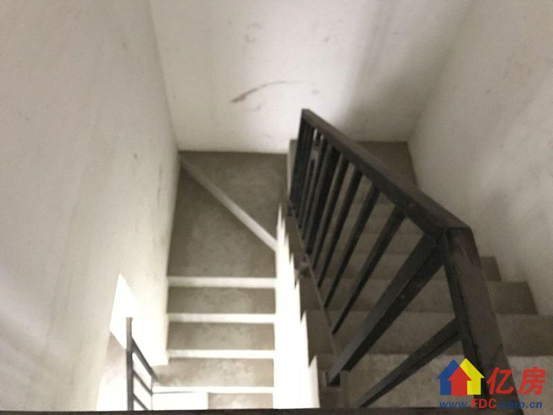 此房价格400万,因低于市场价格太多 安居客受限,房东诚心售,武汉江夏区庙山天际路二手房4室 - 亿房网
