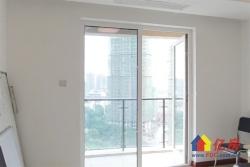恋湖家园6期 中高楼层 湖景房 业主诚心卖。