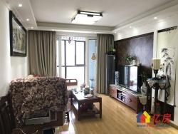 江堤中路 新城春天里 精装两室 户型方正 采光好 看房方便