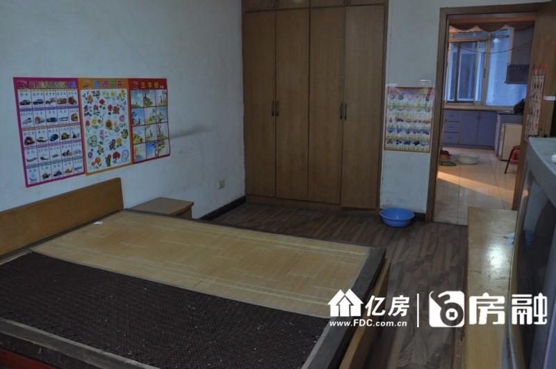 解放公园三号门2室1厅诚意出售,武汉江岸区三阳路江大路23号二手房2室 - 亿房网