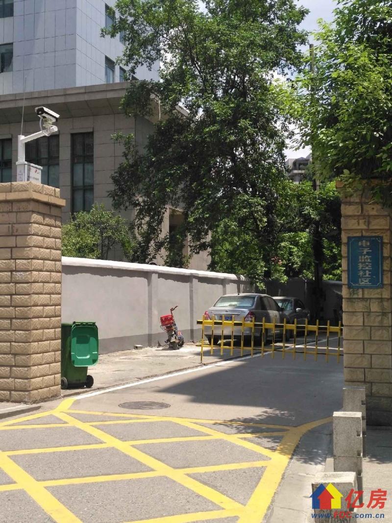 江汉北路 2楼小两房 110万 老证有钥匙看房方便,武汉江汉区江汉路江汉北路周边附近小区二手房2室 - 亿房网