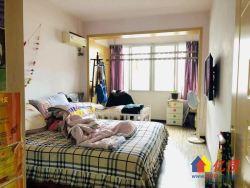 梅苑小区二期,新出精装两房两厅,中间楼层,带暖气,看房预约