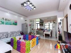 满五唯一金珠港湾二期新房2室急售  亲民价格 精装修大客厅