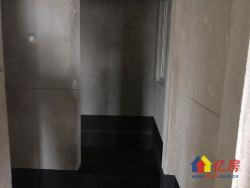 卧龙墨水湖边 连廊一栋 可办.证 高层 朝南两房 方正户型