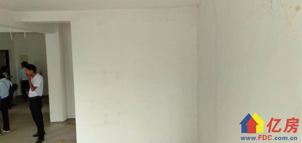名流?人和天地不限购 急售价84万 单价6800直降34万,武汉黄陂区盘龙城盘龙城开发区楚天大道特1号二手房3室 - 亿房网