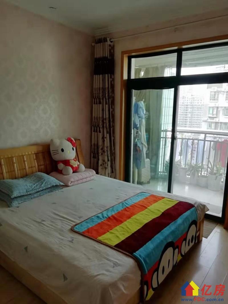 房源,满五唯一,诚意出售,武汉江岸区二七二七路口与工农兵路交汇处二手房2室 - 亿房网