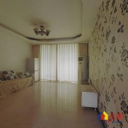 温馨苑CD区 通透两房户型  客厅带阳台, 价格可以谈