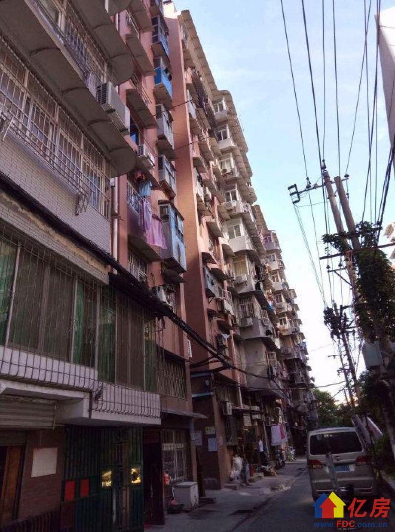 对口长春街 新天地社区38平仅售115万 齐全 实景图片,武汉江岸区永清京汉大道1215号二手房1室 - 亿房网