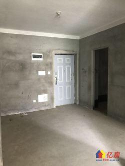 正规两房,首付30万,证在手,随时过户,看房有钥匙