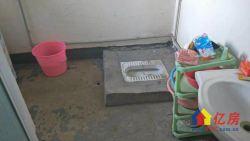 金珠港湾二期通透电梯大两房,南北双阳台,老证。