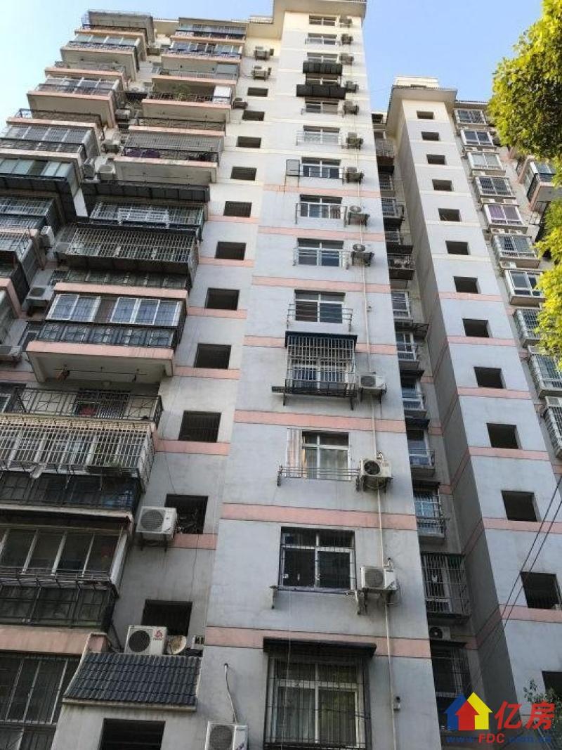 满五 精装两房 单价1W4 楼层3楼 房东很诚心 随时看,武汉江岸区二七二七路长湖地三村二手房2室 - 亿房网