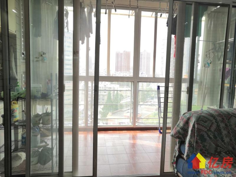 工农兵路电梯中间楼层 四房出售,武汉江岸区二七江岸区工农兵路15号二手房4室 - 亿房网