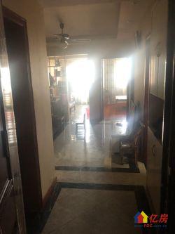 台北路青少年宫旁新小区 环境好 精装三室一厅 看房方便