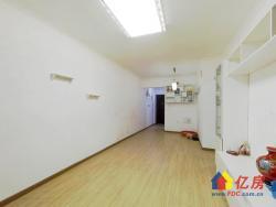 蓝光COCO时代,精装两房自住装修,看房方便,诚心出售