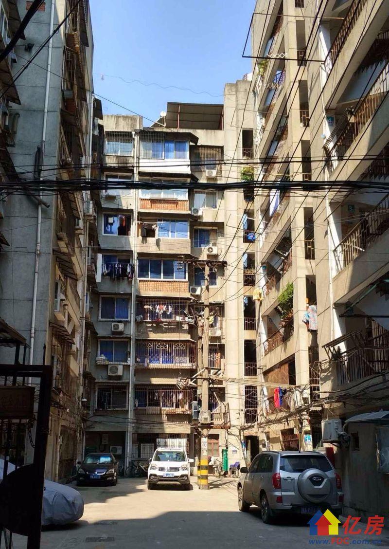 万松园小区 2楼 三房二厅 南北朝向 带大阳台,武汉江汉区武广万松园江汉路万松园95号二手房3室 - 亿房网