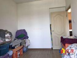 南国SOHO 对口南湖一小 精装两房 房东诚心出售 进地铁