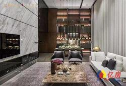 武汉楚河汉街融创壹号院豪华住宅,位置好,地铁交通方便,人流大