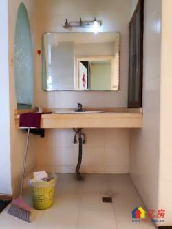 苗栗路地铁6号线旁电梯2室,全明户型采光超级好,看房方便
