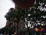 光谷国际广场 双塘小区 精装修3房208万 2016年翻新过,武汉东湖高新区鲁巷光谷步行街旁鲁巷广场购物中心正后门二手房2室 - 亿房网