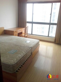武昌水岸星城B区 一楼花园洋房3室2厅2卫带地下专用车位