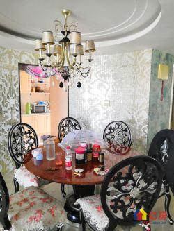 金都汉宫武汉唯一4A住宅 一线江景 居家豪装证满5唯一带车位
