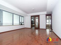 全新小区 尚景瑞府 精装大三房 客厅带整面墙大观景窗
