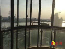 恋湖家园五期 电梯老证 精装两房 可看湖 钥匙在手