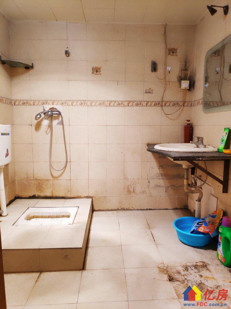 万松园小区3室2厅2卫单价仅16000,武汉江汉区武广万松园江汉路万松园95号二手房3室 - 亿房网