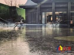 江夏大桥新区片,三四环之间,位于黄家湖东南岸,地铁沿线湖景教育地产