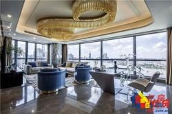 汉口滨江商务区,大平层总裁公寓,全景玻璃幕墙,私人管家服务