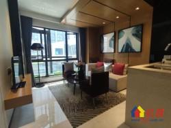 梦想特区,正地铁口,5.2米层高,全玻璃幕墙湖景房,户型方正