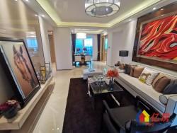 海伦国际 极具升值空间 投资住宅首选 舒适三房 地铁19号线 一线湖景