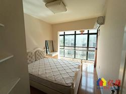 滨江国际精装小两房,大客厅大阳台欢迎观看
