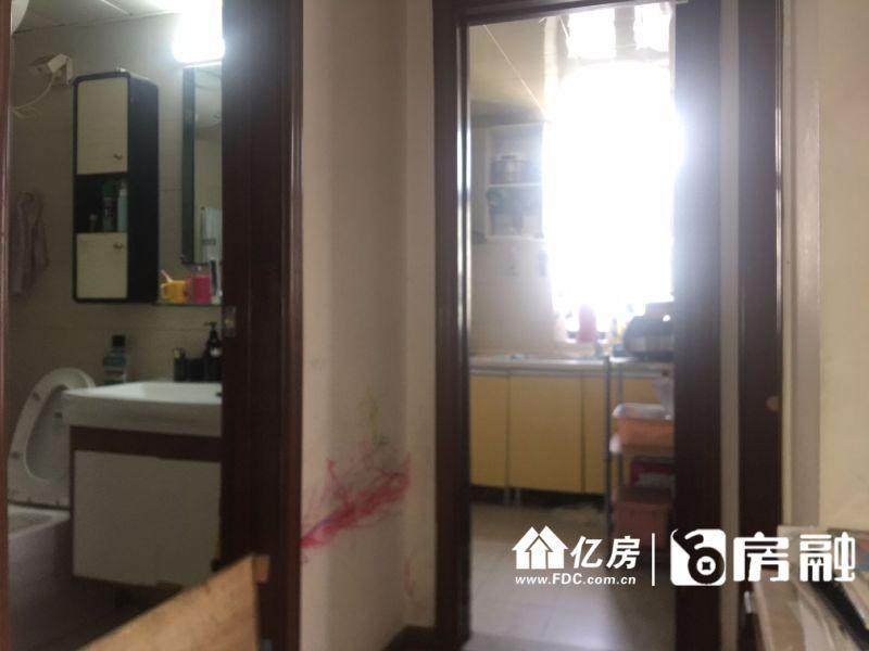 靠近大智路轻轨站 快速过江通道,武汉江岸区大智路江岸区大智路特1号二手房1室 - 亿房网