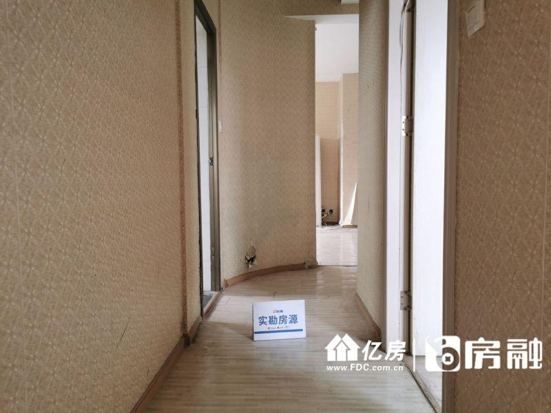 福星城便宜三房 有钥匙 随时看房 地铁2号线旁!,武汉江汉区杨汊湖红旗渠路89号二手房3室 - 亿房网