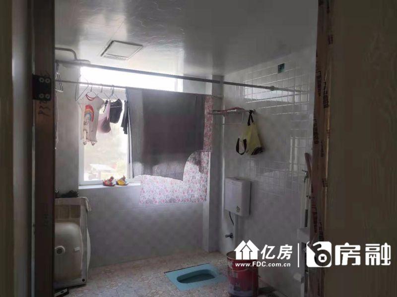 步梯好楼层,三房两位,武汉新洲区阳逻片阳逻佳运环湖二手房3室 - 亿房网