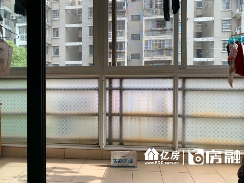 SSS富强天嘉园,汉口火车站附近,奔驰4S店旁,武汉江汉区汉口火车站江汉常青路红旗车站旁二手房3室 - 亿房网