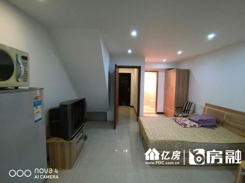 南国大武汉上下两层复式出售,武汉硚口区水厂片宗关二手房2室 - 亿房网