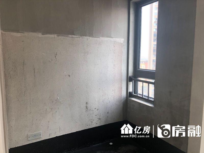 毛坯三房,武汉江岸区其他片区华盛路与秋桂街交叉口西南200米二手房3室 - 亿房网