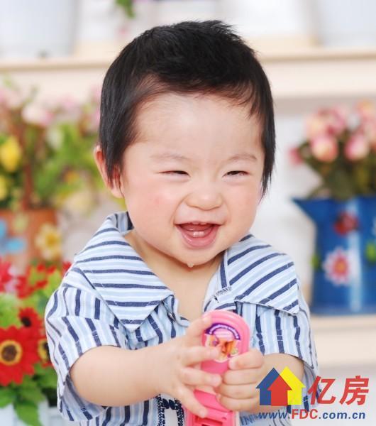 一岁的笑3.jpg