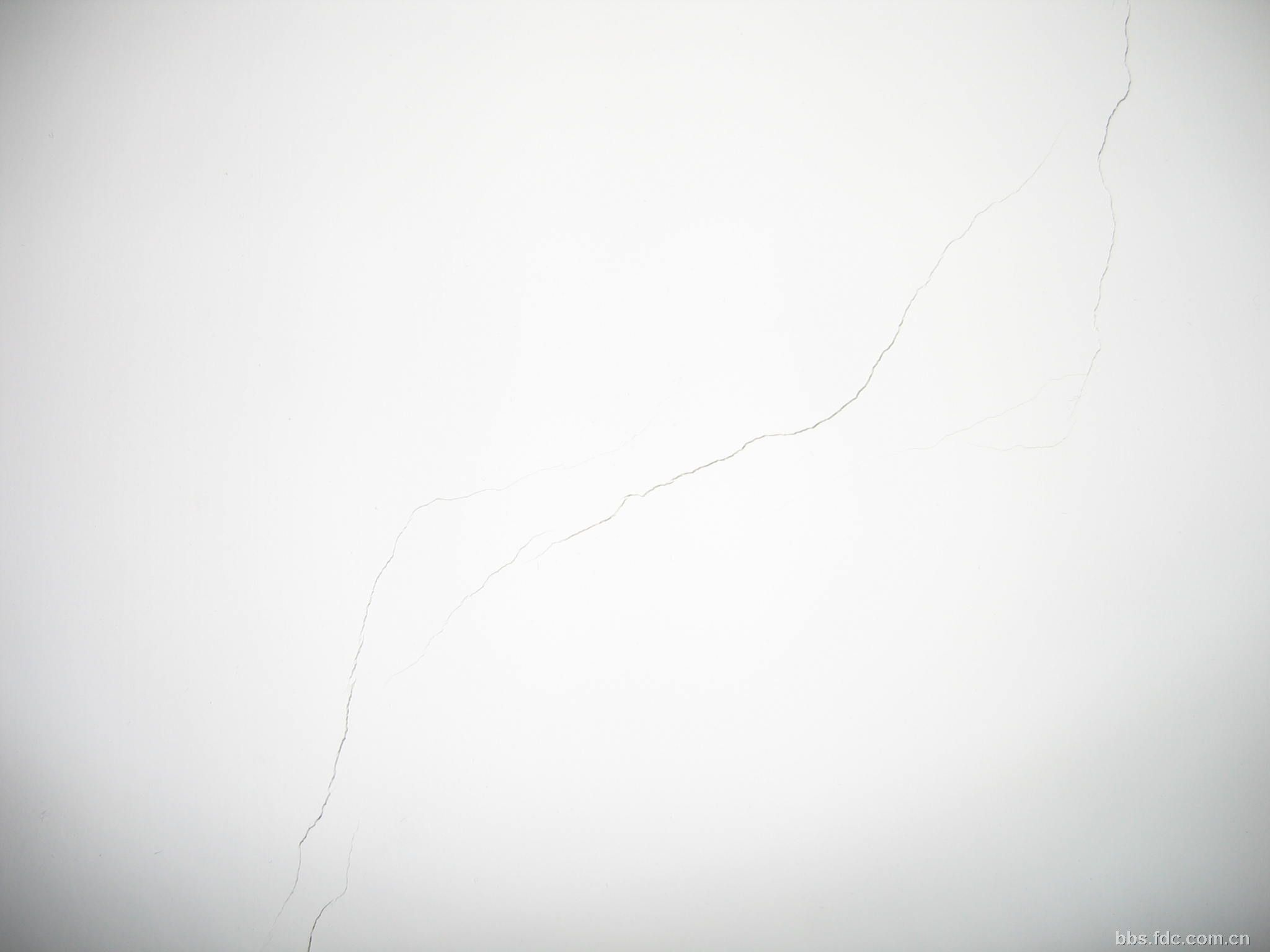 墙面油漆问题请教!急![新上了图片]