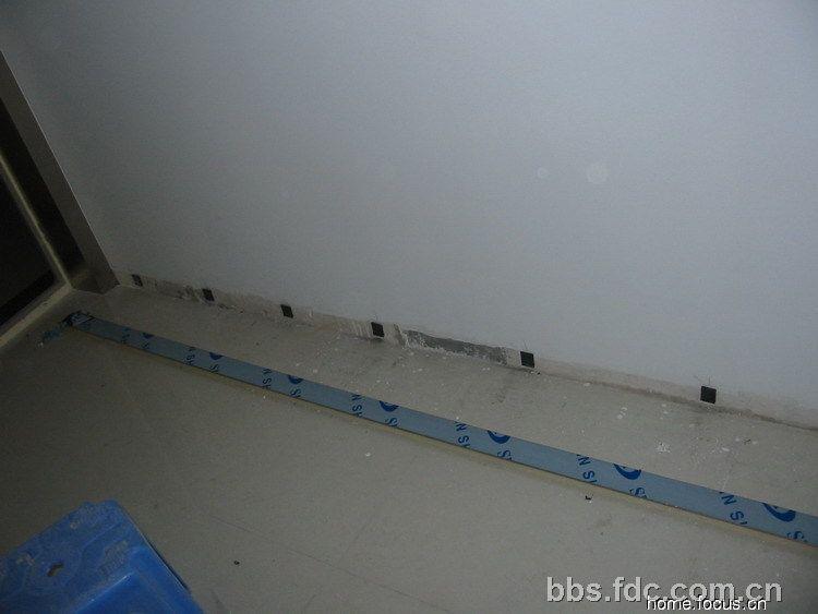 楼梯间踢脚线高 踢脚线颜色搭配 瓷砖踢脚线效果图 瓷砖踢