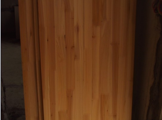 木芯板是鹰冠的