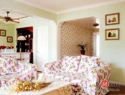 碎花沙发清纯墙 欧式田园风格装修