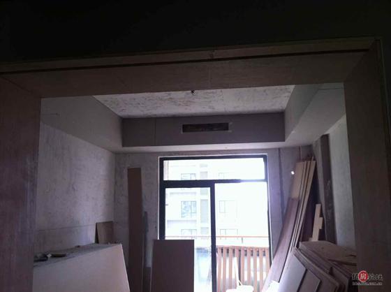 卧室风管机吊顶