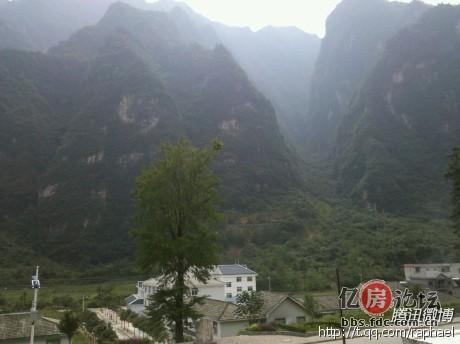 宋洛乡,神农架林区的乡镇村几乎都是四面环山