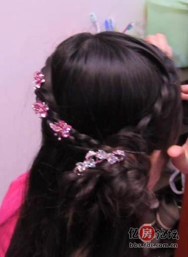 盘头发简单好看的步骤 小孩视频