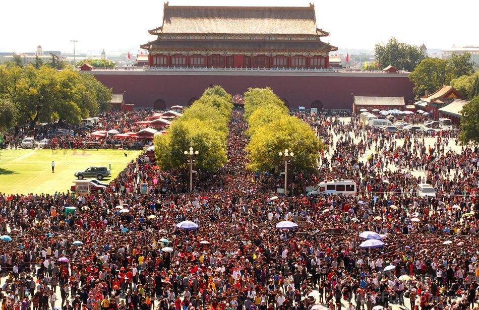 图为2011年9月5日,贵州纳雍县羊场乡场坝小学中坝教学点,学前班学生