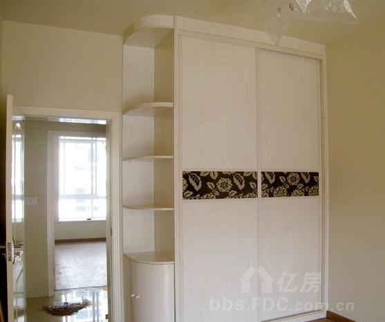 这种衣柜和酒柜自己找木工能做出来吗?